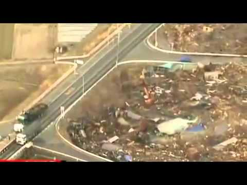 Tsunami hits Japan after massive 8.9 Earthquake - 11 March 2011