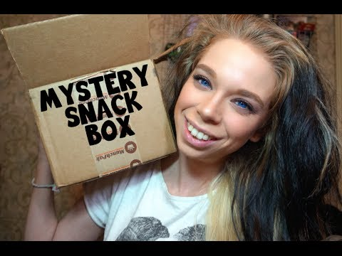 MYSTERY SNACK BOX UNBOXING!