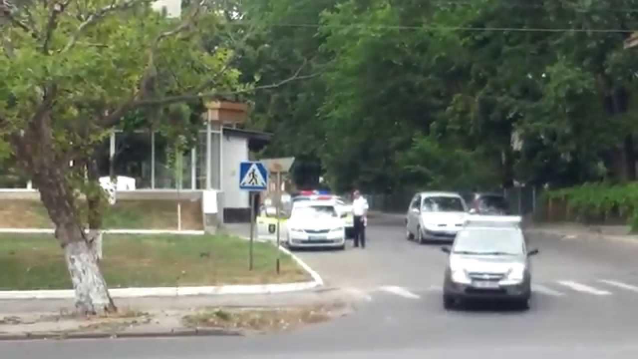 Grea e munca de polițist la patrulare…