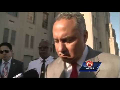 Sheriff defends release of district attorney spokesman from jail