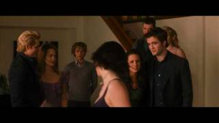 THE TWILIGHT SAGA: NEW MOON Teaser Trailer