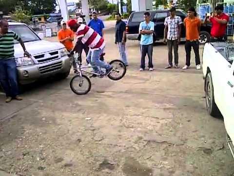 Bike Tricks 2013 BMX Biking : Basic Freestyle Bike Tricks