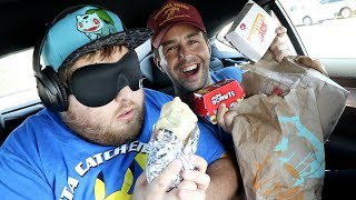 GUESSING THE FAST FOOD ITEM BLINDFOLD CHALLENGE!