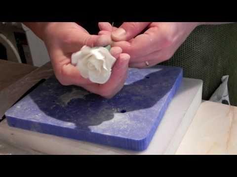 Róża z lukru plastycznego odc.2/sugar gum paste rose part.2