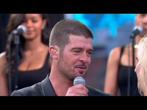 Robin Thicke on New Album, Wooing Paula