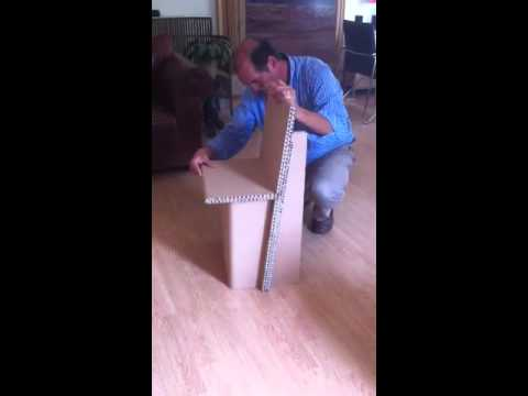 Montage d 39 une chaise en carton youtube for Mesure d une chaise