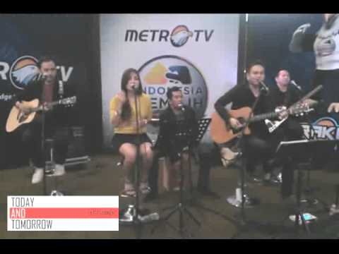Band Akustik Jakarta (Today and Tomorrow) - Pumped up Kicks - Live at Metro TV