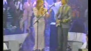 VIOLETA RIVAS Y LALO FRANSEN El Baile Del Ladrillo