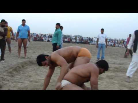 varun vs goonga M4H03728.MP4