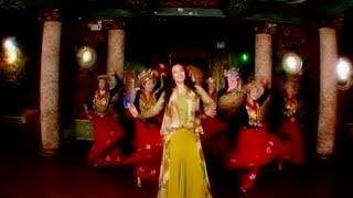 Смотреть или скачать клип Гулсанам Мамазоитова - Лазги