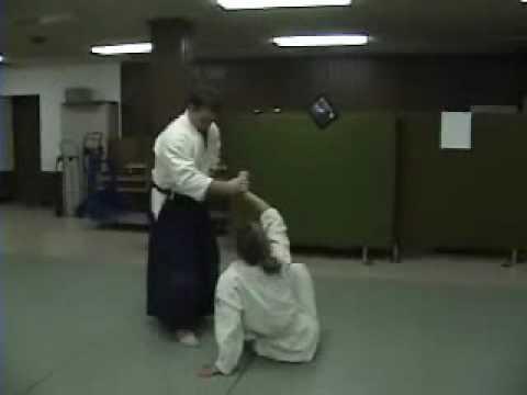 Aikido: Ryotedori nikyo 1