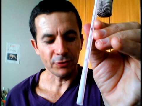 Como fazer um aerofone com um canudinho