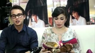 Hamil Muda, Ussy � Andhika Bikin Sepatu Untuk Anak view on youtube.com tube online.