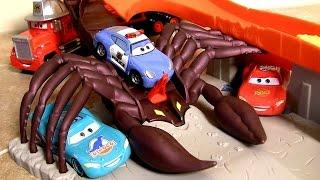 Hot Wheels Scorpion Takedown Race Track Cars Tomica Takara