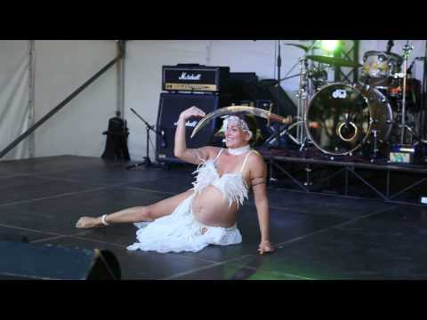 Amoura Belly Dance pregnant 8 months