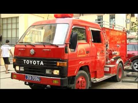 VTC14_Việt Nam tiếp nhận 15 xe chữa cháy mới