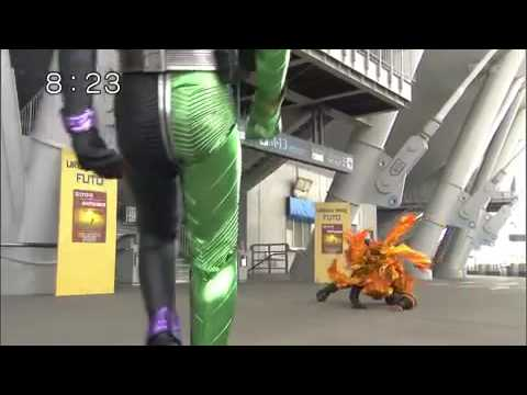 Kamen Rider W HENSHIN and FIGHT !!!