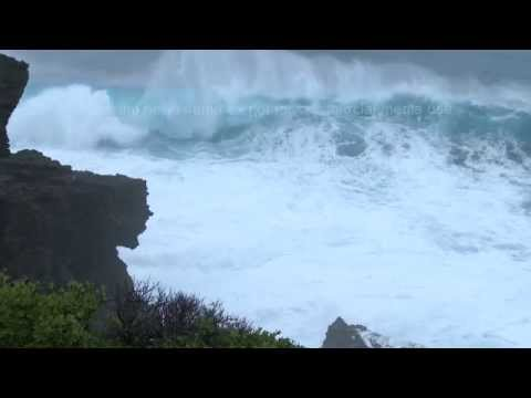 Monster Waves From Super Typhoon Neoguri Miyakojima, Okinawa