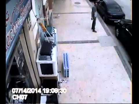 كاميرا تكشف عملية سرقة بمرتيل قبل اذان المغرب