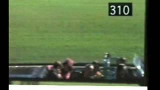 A John F. Kennedy LO MATO SU CHOFER VEAN EL DISPARO DEL