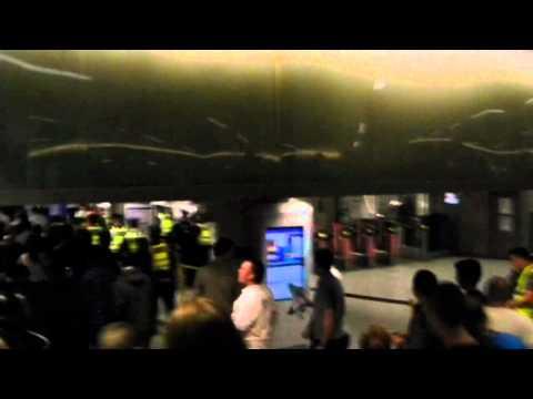 EDL 03/09/2011 ( Tower Hamlets demo ) - Entering King's cross