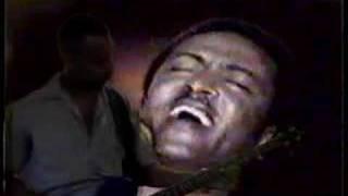 "Tilahun Gessesse - Eywat Setnafekegne ""እይዋት ስትናፍቀኝ"" (Amharic)"