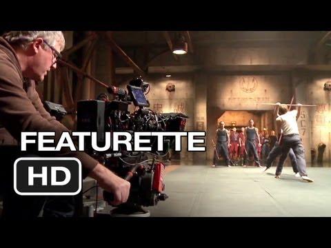 Pacific Rim Featurette - Under Attack (2013) - Guillermo del Toro Movie HD