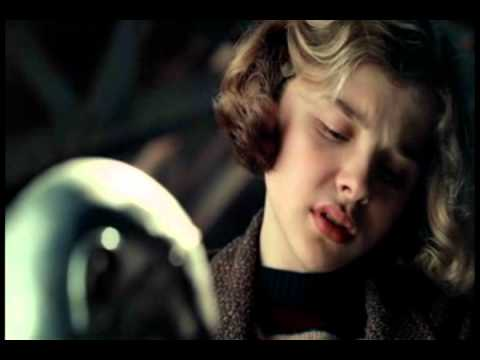 Haaaiii!!! :D ini trailer Narnia 4.. Fanmade sih :) Campuran dari film Hugo+The Boy in Striped Pajamas+Sherlock Holmes+The Merlin Series+sedikit seri Narnia Jangan lupa wooowwwnya yaaaa :D