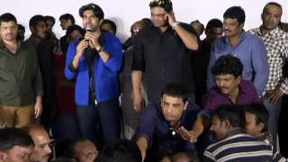 Yevadu-Trailer-Launch