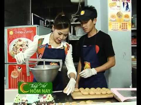 Ăn bánh sukem singapore đón giáng sinh - Món Ngon [HTV9 -- 18.12.2012]