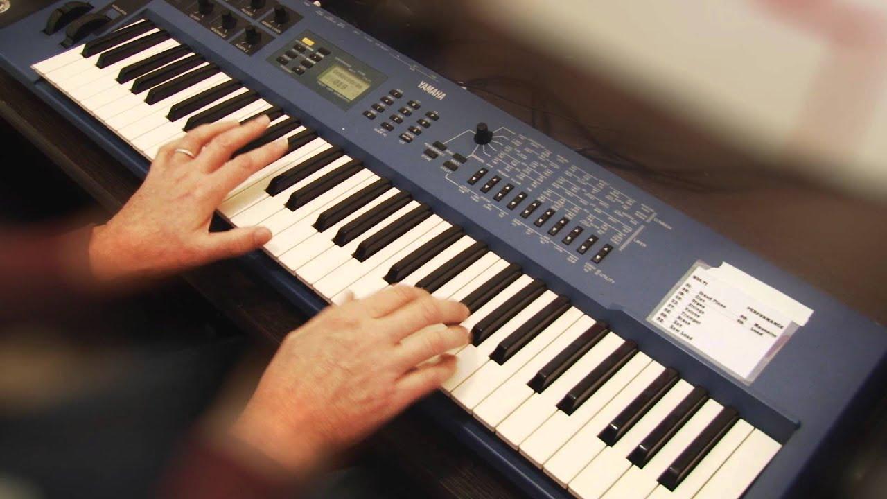 Yamaha cs1x keyboard blues youtube for Yamaha cs1x keyboard