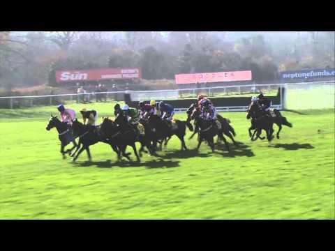 Vidéo de la course PMU JCB TRIUMPH HURDLE