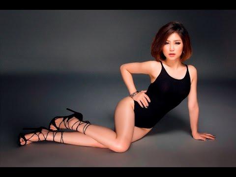 Ca sỹ Hương Tràm sexy trong trang phục mùa hè 2016