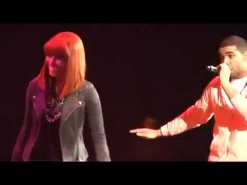 Drake Grinds on Nicki Minaj on stage and fires a shot at ...