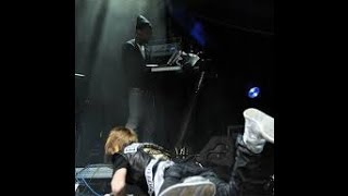 Recopilación de caidas de famosos en el escenario