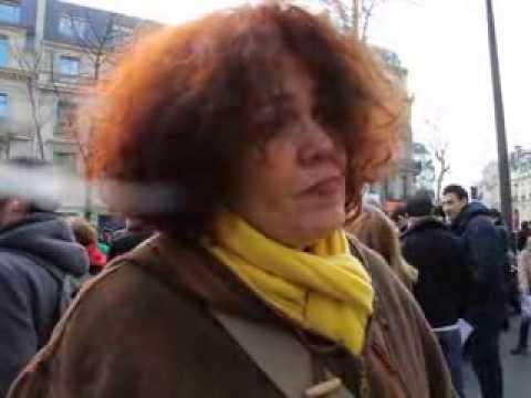 Manifestation devant l'ambassade d'Algérie à Paris