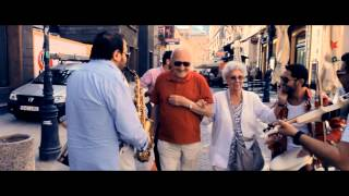 CRISTI MEGA , CRISTI NUCA & FORMATIA MARINICA NAMOL - DOAR LANGA EA 2013 [OFFICIAL VIFDEO HD]