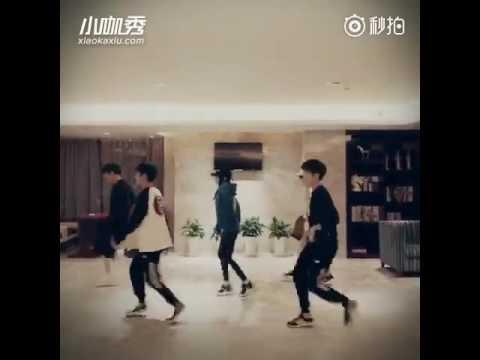 TFBOYS nhảy Shuffle dance =))))))))))