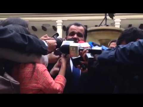 Declaración Óscar Iván Zuluaga sobre infiltraciones de Hacker en campaña. Agosto 25/2014