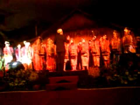 "Kabumi - Moliendo cafe ""kopi dangdut"" (angklung version)"