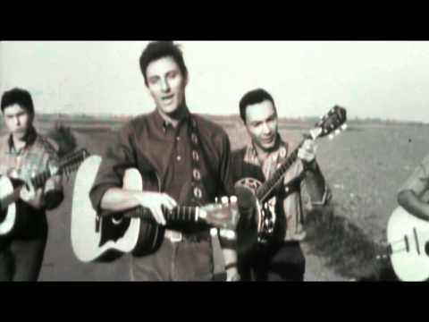 """Hugues AUFRAY - A bientôt nous deux 1964 HD, Hugues AUFRAY, le 12 octobre 1964, dans l'émission """"Ni figue ni raisin"""", de Michèle ARNAUD. La réalisation est de Serge LEROY, qui n'hésitait pas à tourner e..."""