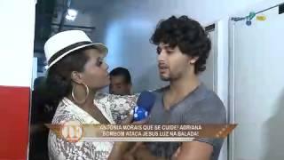 TV Fama: Adriana Bombom rouba beijo de Jesus view on youtube.com tube online.