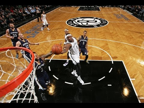 Andray Blatche's Razzle-Dazzle Euro-Step and Finger Roll