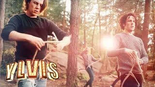 Ylvis Struggles with the Trucker's Hitch