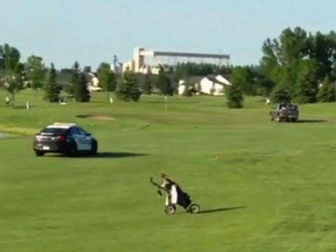 Minn. police pursuit tears through golf course