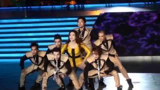 Hồ Ngọc Hà biểu diễn tại đêm trung kết hoa hậu 2010