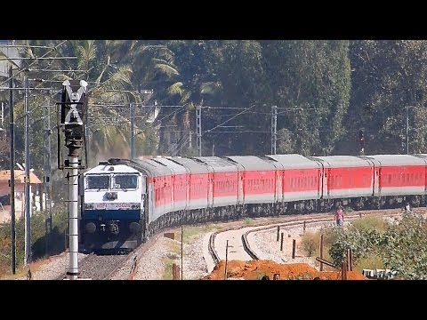 BANGALORE RAJDHANI  EXPRESS via RAICHUR 22692 Indian Railways