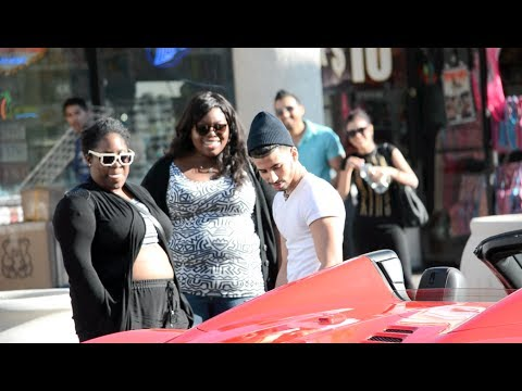 FERRARI PICK UP PRANK