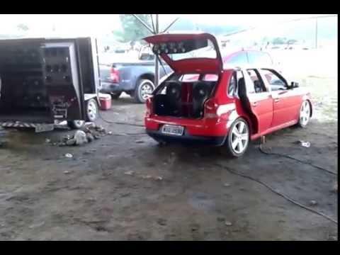 Carretinha Pretinha Básica 12 Auto Falantes Hard Power de 3850 rms
