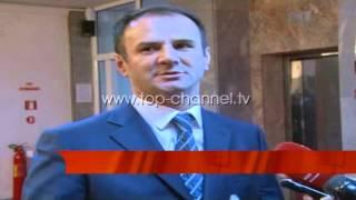Hyn n loj presidentja Jahjaga  Top Channel Albania  News  L